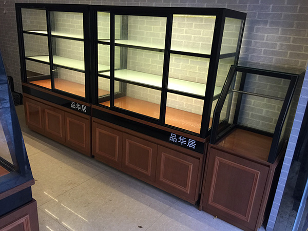 品華居面包柜